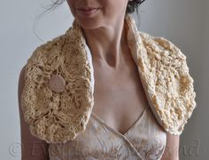 Back To Nature - OOAK hand knit leafy scarf / neckwarmer / wrap / mini-stole in natural cream by Evelda's Neverland, Etsy