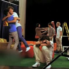 I love this picture. :) Zouis, Harry in fetal position, Liam forgiving her, Niall... still just standing there