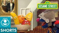Sesame Street: Super Grover Paints a Still Life