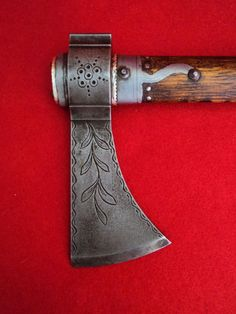 OUTSTANDING Ornate HEAVY Tomahawk