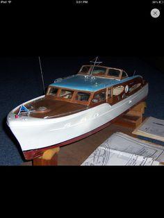 Chris Craft model RC boat