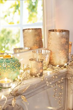 My inner landscape Christmas Feeling, Noel Christmas, All Things Christmas, The White Company, Navidad Natural, Xmas Decorations, Beautiful Christmas, Candle Holders, Candles