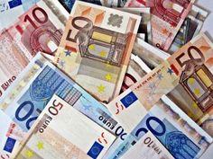 Detenidos por irse con 13.100 euros en billetes falsos - http://gd.is/zrwWrs
