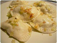 Pierogi z Kapustą i Grzybami (Mushroom Cabbage Pierogis)