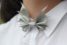 Adjustable fastening bow tie fits any sized neck. Material: eco leather. Size: 8-10 cm.