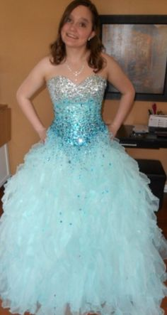 Beautiful blue prom dress listed for $400 on PromAgain.com #promagain #prom #formal #dress #gown #resale #buy #sell #cheap #preowned #blue
