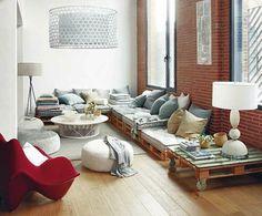 Pallet furniture room