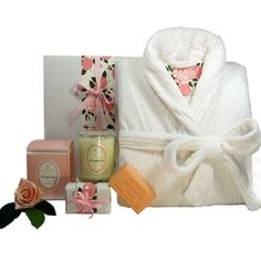 Luxury Womens bath robe with the scent of pomegranite and Vanilla spice soap. Pamper Hamper, Luxury Hampers, Bath Soap, Gift Hampers, Luxury Bath, Black Crystals, Corporate Gifts, Soy Candles, Spice