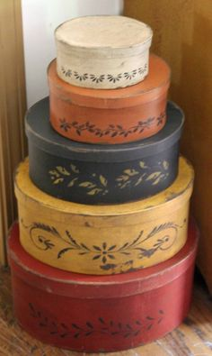 Colonial set of five boxes
