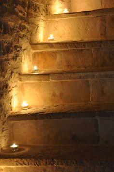 Scale a lume di candele