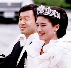 Crown Prince & Princess of Japan (Wow! I remember this day! I was there on the side of the road watching them pass by.)