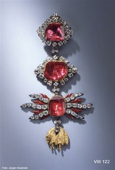 Jewel of the Order of the Golden Fleece (round set) Dinglinger workshop of Johann Melchior (jeweler) Dresden, 1722