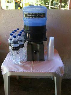 Chá Bar com o tema Boteco! Agua e suco para OS FRACOS