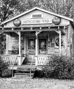 Old Pictures, Old Photos, Vintage Photos, Vintage Photographs, Old General Stores, Old Country Stores, Abandoned Buildings, Abandoned Places, Old Gas Stations