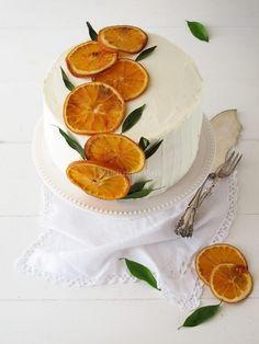 52 super ideas for cake decorating fruit wedding inspiration Pretty Cakes, Cute Cakes, Beautiful Cakes, Cupcakes Bonitos, Bolos Naked Cake, Eggnog Cake, Cake Recipes, Dessert Recipes, Cute Birthday Cakes