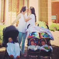 We ❤️this family pic @raffinee thanks for sharing! #inthefamily #family #lgbt #twomoms