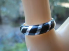 Vintage Estate 925 Sterling Silver Black Enamel Striped Ring Weight 2.5 G, Size 7, Great Condition
