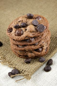 Malted Dark Chocolate Chip Cookies