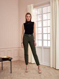 SPODNIE Capri Pants, Suits, Style, Fashion, Swag, Moda, Capri Trousers, Fashion Styles, Suit