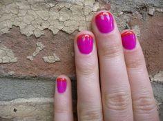 Llegó el verano oficialmente y lo menos que quieres es tener unas uñas aburridas o incoloras. Por eso, puedes refrescar tu concepto de la manicura francesa para lucir más divertida y llena de vida …