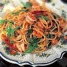 Jamie Olivers spaghetti med räkor och rucola