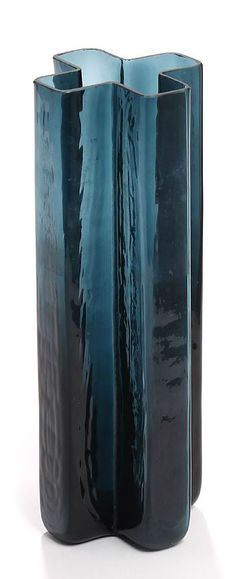 "Bodil Kjær: ""Cross"". Blue glass vase."
