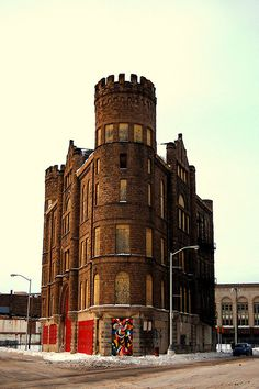 Grand Army of the Republic Building, Detroit, MI. Romanesque style, and a flat iron building as well. Currently boarded up & abandoned Detroit Ruins, Abandoned Detroit, Abandoned Buildings, Abandoned Places, Romanesque Architecture, Architecture Details, Detroit History, Spooky Places, Flatiron Building