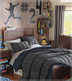 teen boy bedrooms sports | also love the orange and green as the accent colors throughout the ...