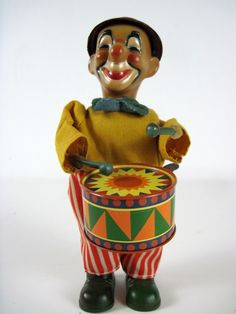 Vintage Wind Up Clown Drummer Toy $45 - Cabootle