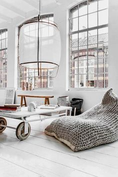 Interior Obsessions: Big Windows + Lots Of Light