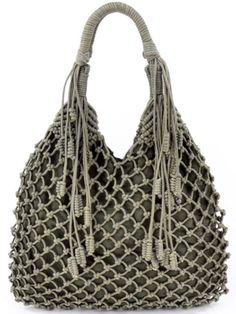 Crochet bag crochet t – Artofit Macrame Purse, Macrame Necklace, Macrame Knots, Crochet Handbags, Crochet Purses, Sac Week End, Boho Bags, Macrame Design, Fabric Bags