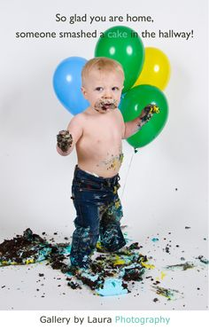 Click the link to see more boy cake smash pictures for 1st birthday pictures.
