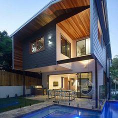 Pool and pool fence