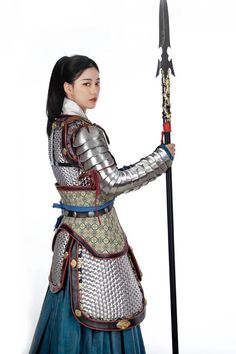 Fantasy Female Warrior, Female Armor, Female Knight, Fantasy Armor, Dynasty Clothing, Chinese Armor, Warrior Outfit, Costume Armour, Armor Clothing