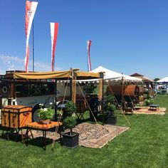 Tailgating at Mashomack Polo Club with Roseview Farms- Millbrook, NY - tailgating setup Stall Decorations, Tailgate Decorations, Fresco, Outdoor Fun, Outdoor Decor, Polo Match, Picnic Lunches, Summer Picnic, Beach Picnic