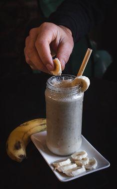 BATIDOS DE PROTEÍNAS CASEROS.- Salvima High Fiber Foods List, Smoothies Banane, Healthy Smoothies, Banana Drinks, Banana Milkshake, Weight Loss Smoothie Recipes, Weight Loss Tea, Lose Weight, Fruit Shakes