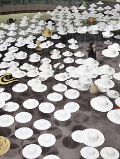 Japan's most known hat designer, Akio Hirata is showcasing more than 70 years of work at the Spiral Garden in Tokyo. The exhibition features more than 4,000 white 'ghost hats' floating around and...