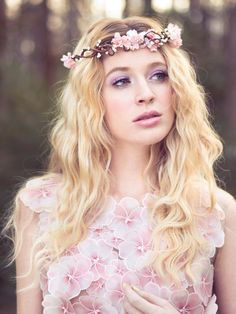 Hey, I found this really awesome Etsy listing at https://www.etsy.com/listing/126369989/peachy-pink-flower-crown-wedding