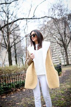 winter whites, white jeans, ugg boots, winter outfits, sherpa jacket, shearling jacket, illesteva sunglasses