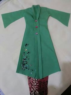 The sewn kebaya