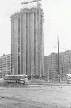 Budapest, XV. ker. újpalotai toronyház építése. 1973