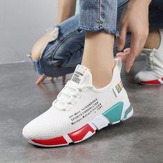 Air Max Sneakers, Sneakers Nike, Sports Footwear, Yoga Bra, Workout Gear, Sports Women, Jogging, Nike Air Max, Air Jordans