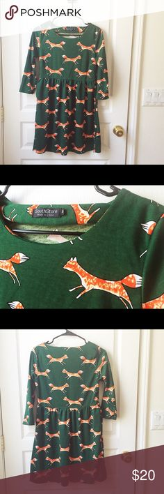 Fox dress tunic green woodland print hipster Such a cute piece, worn twice. Excellent condition, coming from a smoke-free home. Dresses Mini