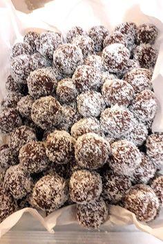 Hungarian Recipes, Almond, Cereal, Foods, Breakfast, Food Food, Morning Coffee, Food Items, Almond Joy