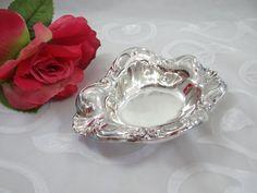 Vintage Silver Plate Oneida Crimped Edge Bon Bon Dish - Elegant Serving Piece by SecondWindShop on Etsy