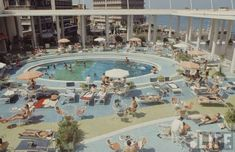 The pool of Phoenicia Hotel was like a scene from Mad Men