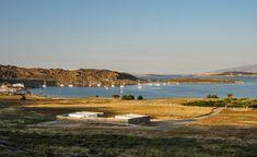 http://arcoweb.com.br/noticias/arquitetura/arquitetura-mimetica-camufla-casas-em-ilha-da-grecia?utm_source=Virtual_Target&utm_medium=Email&utm_content=&utm_campaign=180124&utm_term=