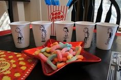 Diary of a Wimpy Kid - make your own cups