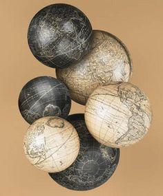 globe terrestre, céleste, astrolabe Sphères Vaugondy blanc / ivoire par 6 Authentic Models -AM- Quirao idées cadeaux