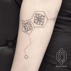 And chemistry nerds will recognize this Serotonin molecule. - Tattooer • Istanbul • bicemsinik@gmail.com